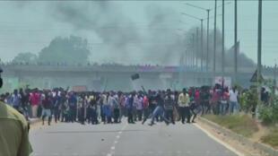 Capture vidéo de la manifestation à Tuticorin, le 22 mai 2018, sur la route qui mène à l'usine.