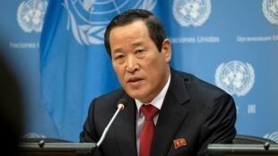 朝鲜常驻联合国代表金星资料图片