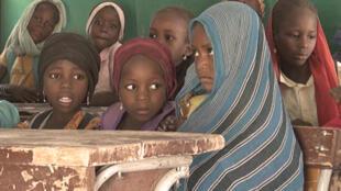 Malgré des programmes engagés par les autorités, moins d'une fille sur deux passe son baccalauréat au Tchad.