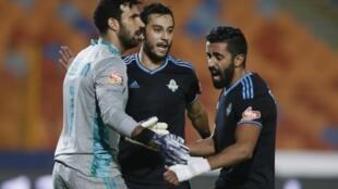 Mahdi Soliman (g.), gardien de but du FC Pyramids.
