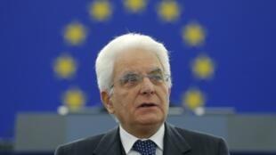 O presidente Sergio Matarella faz consultas para formar um governo desde março na Itália.
