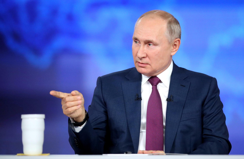 2021-06-30T101512Z_1533768823_RC2YAO9LIFTH_RTRMADP_3_RUSSIA-PUTIN