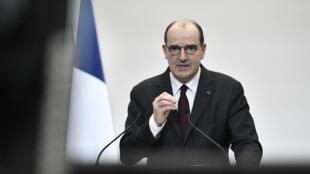 法国总理让 卡斯泰