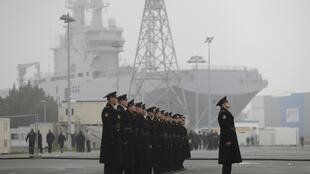 Russian sailors in Saint-Nazaire last year to train on the Mistrals