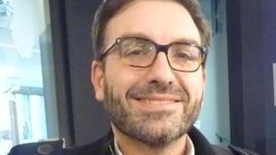 Lluis Quintana Murci en los estudios de RFI