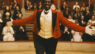 "Omar Sy interpreta ""Chocolate"""
