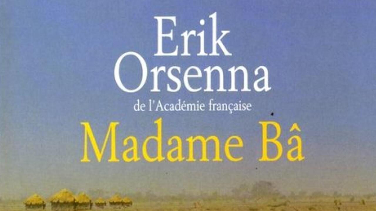 La couverture du roman «Madame Bâ» d'Érik Orsenna.