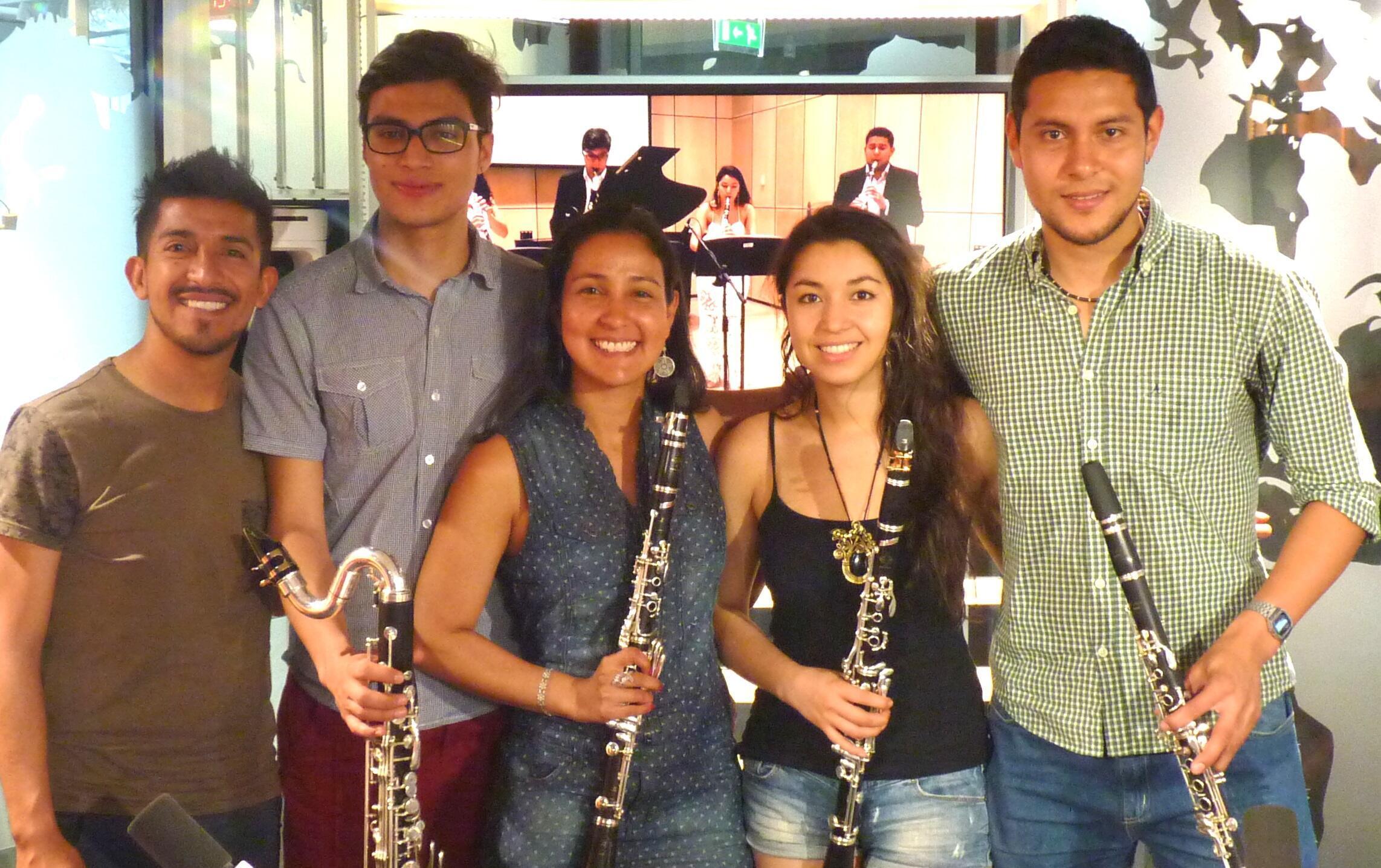 El cuarteto CañaBrava en los estudios de RFI
