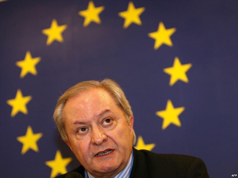 Посол Евросоюза в Российской Федереции Фернандо Валенсуэла