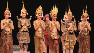 Nghệ thuật múa cung đình Khmer.
