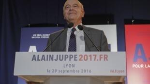 Alain Juppé pode derrotar Sarkozy