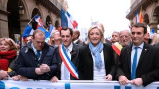 Nicolas Bay, secrétaire général-adjoint du Front national lors de la manifestation annuelle célébrant Jeanne d'Arc, le 1er mai 2013 à Paris.
