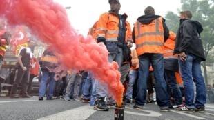 Các cuộc biểu tình phản đối dự luật lao động tại Pháp khiến ngành du lịch bị ảnh hưởng đáng kể.