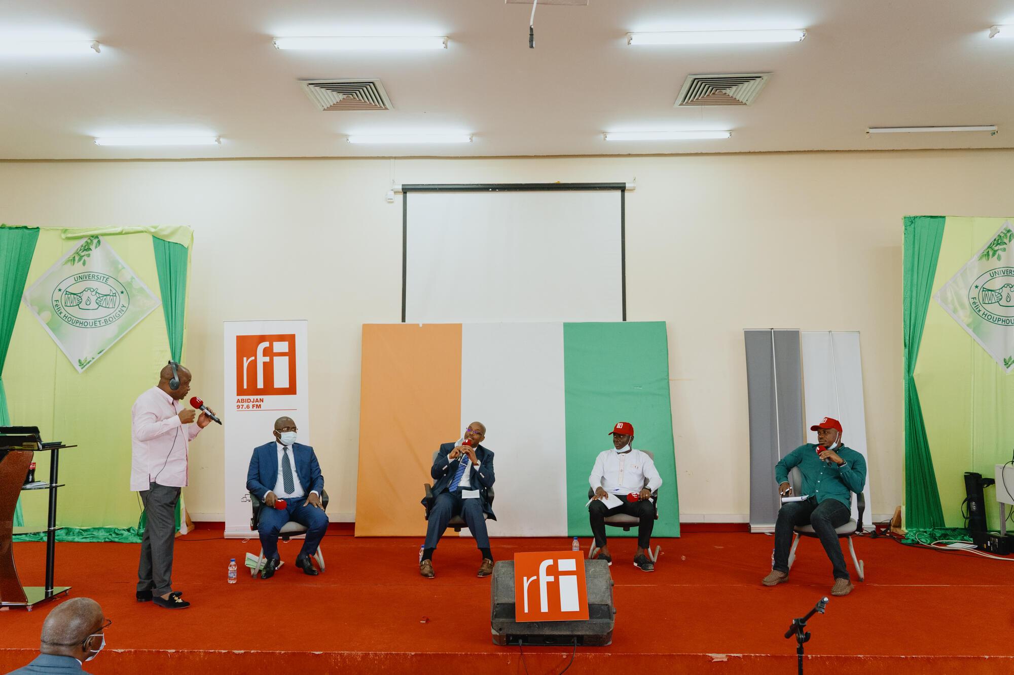 Enregistrement débat africain Abidjan sur la réforme de l'université (sept.2021)