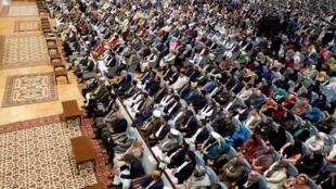 لویه جرگه مشورتی صلح افغانستان، روز دوشنبه ٩ اردیبهشت/ ٢٩ آوریل ٢٠۱٩ با حضور اشرف غنی، رئیس جمهوری افغانستان افتتاح شد و به مدت 4 روز به کار خود ادامه خواهد داد.