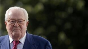 Jean-Marie le Pen, banni du Front national, revient mercredi 5 octobre au tribunal pour contester son exclusion.