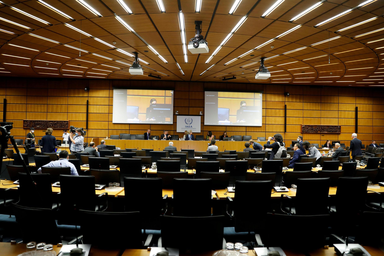 Iنشست شورای حکام آژانس بینالمللی انرژی اتمی، به صورت مجازی و از طریق ویدئوکنفرانس از روز دوشنبه ۲۴ خرداد/ ۱۳ ژوئن برای مدت ۴ روز درباره فعالیتهای هستهای ایران، برگزار شد