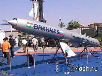 Việt Nam muốn mua tên lửa chống chiến hạm Brahmos do Ấn Độ và Nga sản xuất RFI /Keo Chhaya