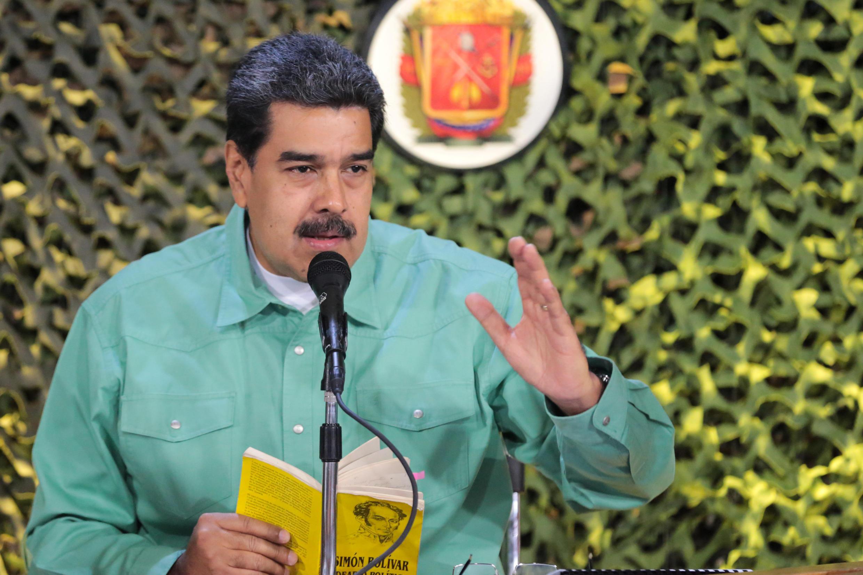 Tổng thống Venezuela Maduro phát biểu trong cuộc tiếp xúc với giới lãnh đạo cao cấp quân sự tại Caracas. Ảnh ngày 15/02/2019.