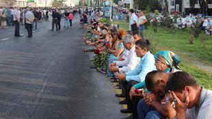 В Ташкенте ожидают проезда траурного кортежа с телом президента Ислама Каримова, 3 сентября 2016 г.
