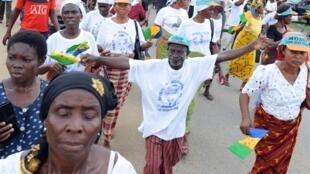 Ogoni people stage protest in in Bori, 10 November 2010