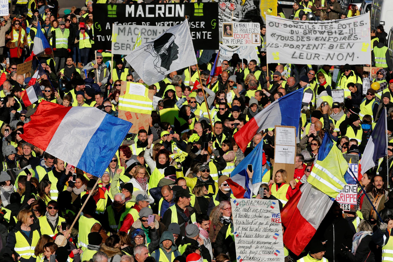 Демонстрация «желтых жилетов» в Марселе, 15 декабря 2018 г.