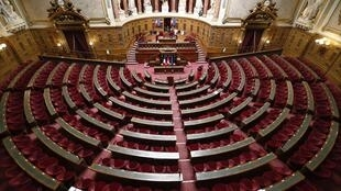 Une vue générale de la salle de réunion du Sénat, à Paris où Rémi Cardon, le plus jeune sénateur fait ses premiers pas ce 1er octobre 2020 (image d'illustration).