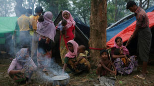 Des réfugiés rohingyas à Kutupalong, au Bangladesh, le 9 septembre 2017. Selon le HCR 300.000 d'entre eux ont fui la Birmanie depuis le 25 août pour se réfugier au Bangladesh voisin.