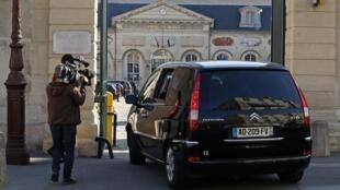 Chegada ao Tribunal do suposto autor do atentado contra o Museu Judaico de Bruxelas, Mehdi Nemmouche.