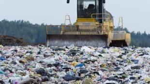 Так называемая мусорная реформа стартовала в России с начала года