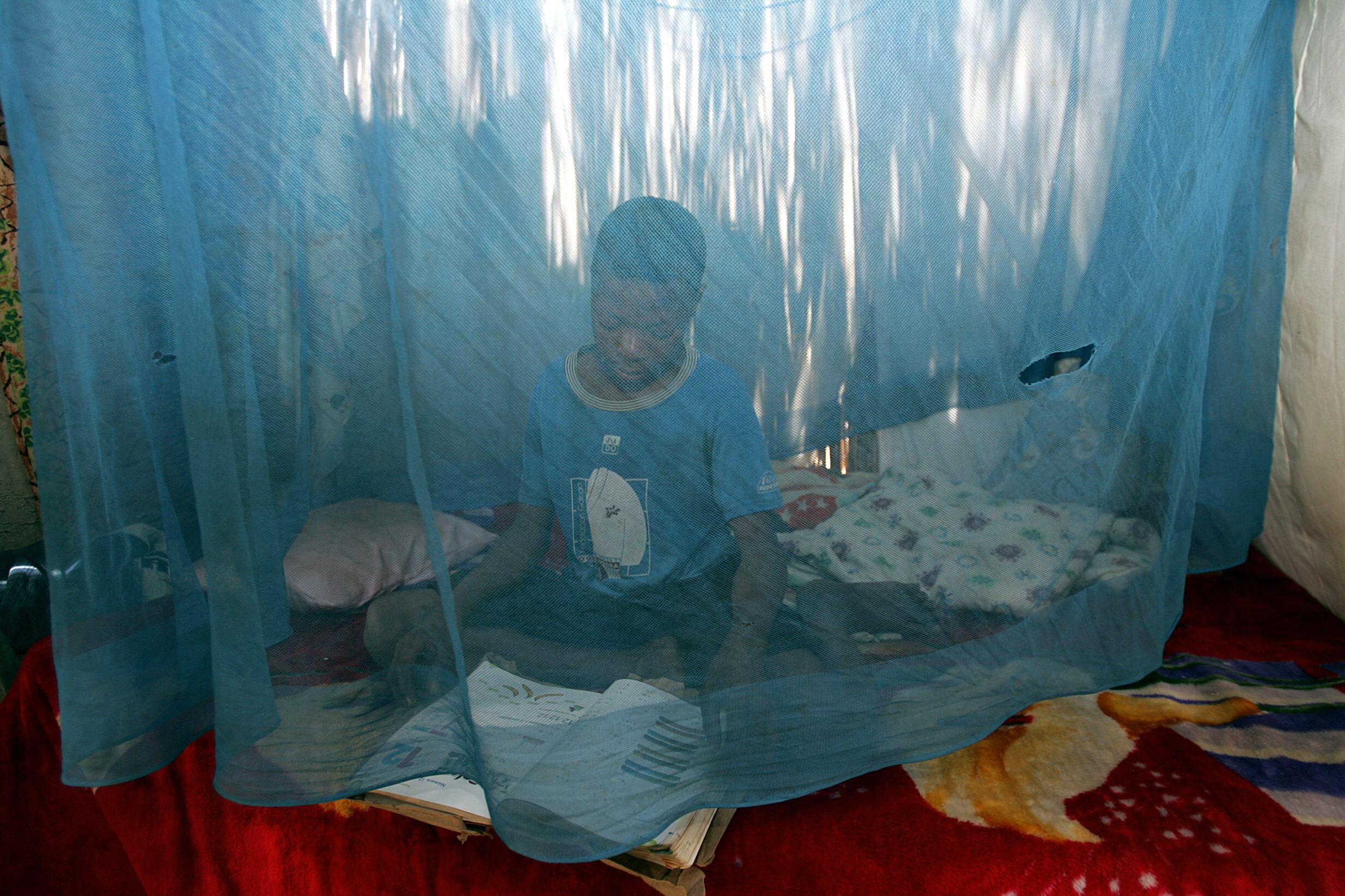 Rede mosquiteira para prevenir contra a malária