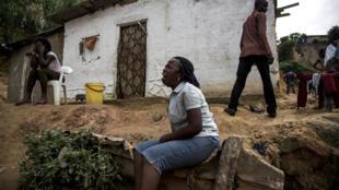 A Kinshasa, cette femme a perdu l'un de ses proches dans les inondations.