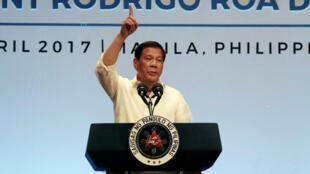 Tổng thống Philippines Rodrigo Duterte trong cuộc họp báo sau thượng đỉnh ASEAN, Manila, ngày 29/04/2017