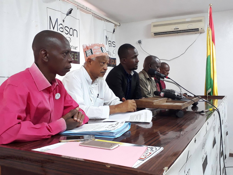 Les principales organisations de défense des droits de l'homme se sont réunies lundi 20 mai à Conakry, en Guinée, pour exprimer leur désaccord avec le changement de Constitution.