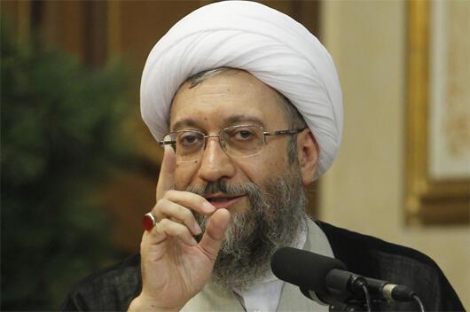 رئیس قوۀ قضائیه جمهوری اسلامی ایران، آیت الله صادق آملی لاریجانی، تحریم خود از سوی آمریکا را افتخار میداند.