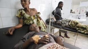 Baadhi ya watu walionusurika katika ajali wakati wa sherehe za mwaka mpya jijini Abidjan