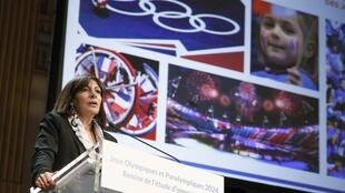 Paris mayor Anne Hidalgo delivers a speech on Paris' bid for the 2024 Olympic Games