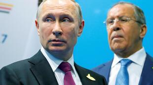 Presidente russo Putin e seu chefe da diplomacia ao lado da Coreia do Norte
