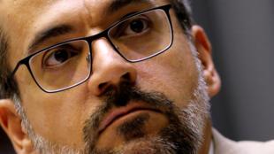 巴西教育部長溫特勞布(Abraham Weintraub)在議會回答議員提問。