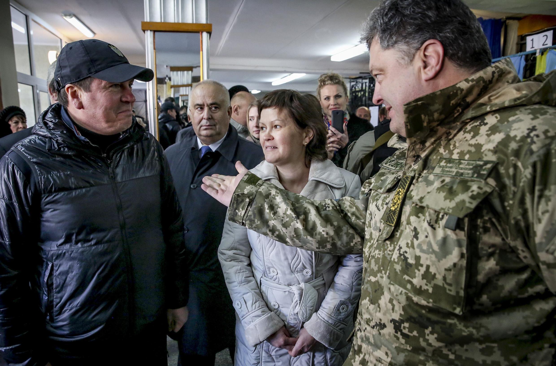 Петр Порошенко на избирательном участке в Краматорске, 26 октября 2014 г.