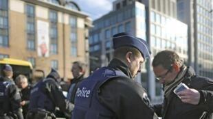比利時警察加強安全檢查