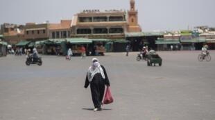 La place Jemaa el-Fna,à Marrakech, désespérément vide, le 22 juillet 2020.
