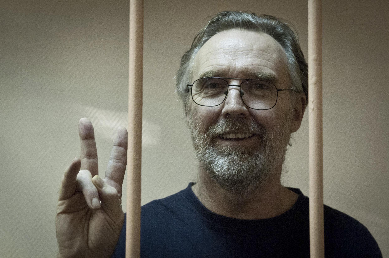 O tribunal de São Petersburgo, na Rússia estendeu a prisão preventiva do ativista australiano Colin Russell