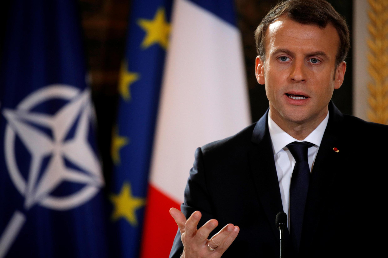 Президент Франции Эмманюэль Макрон назвал неприемлемыми обвинения в поддержке терроризма со стороны Башара Асада.
