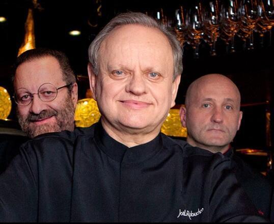 El chef Joël Robuchon, fallecido este lunes a los 73 años, se inspiró en las tapas españolas para renovar la cocina francesa.