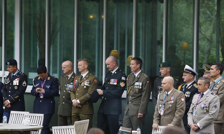 Des responsables militaires de l'Alliance atlantique, peu avant l'ouverture du sommet de l'OTAN à Newport, au Pays de Galles, le 4 septembre 2014.