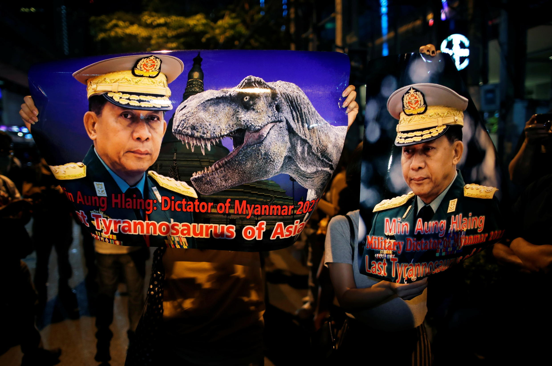 2021-02-04T132405Z_1611422133_RC2PLL9MEG6R_RTRMADP_3_MYANMAR-POLITICS-THAILAND