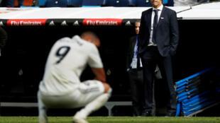 Dan wasan Real Madrid Karem Benzema da mai horar da kungiyar Julen Lopetegui, bayan rashin nasara a hannun Levante har gida da kwallaye 2-1.