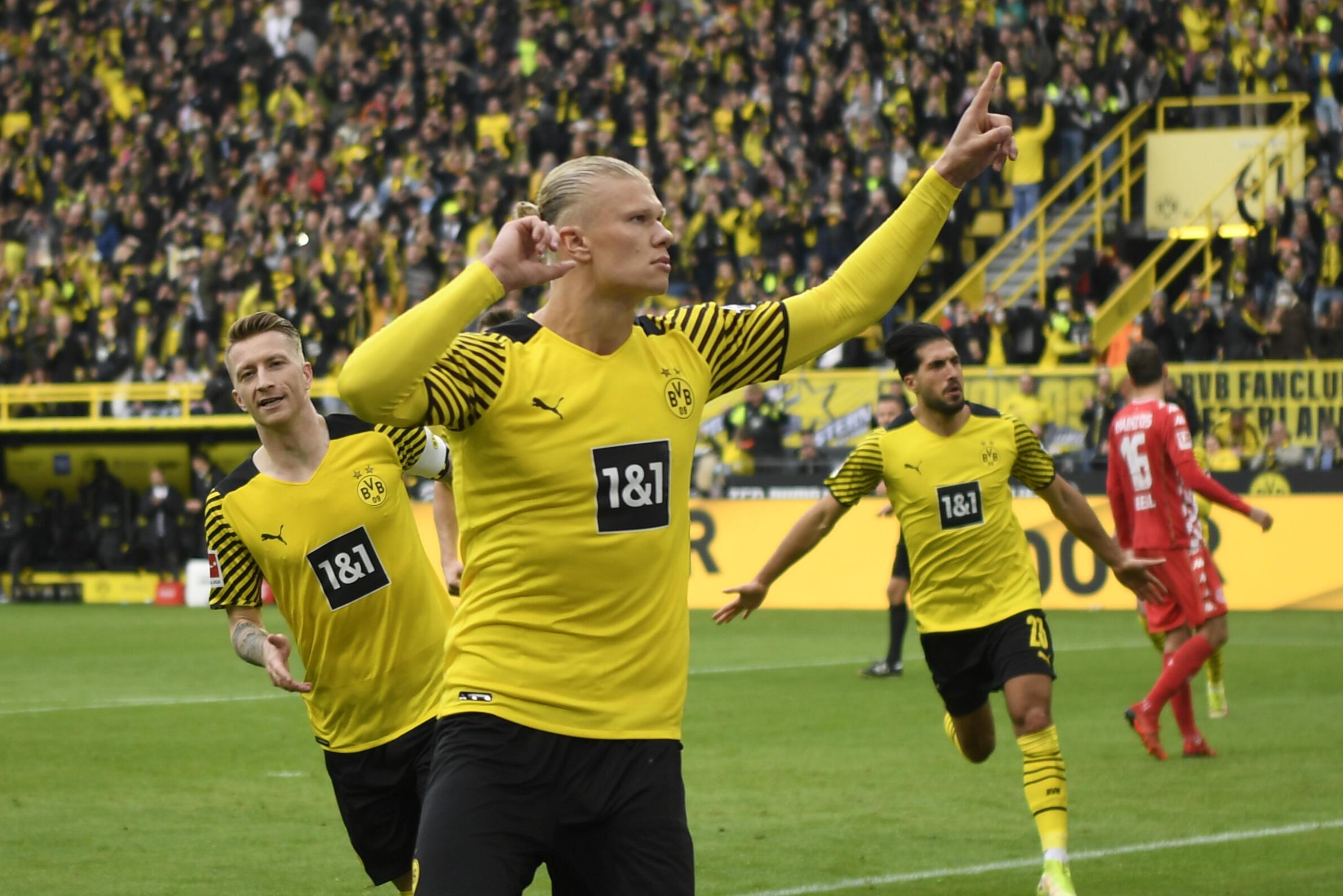 Erling Haaland scored on his return from injury as Borussia Dortmund beat Mainz on Saturday
