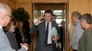 Le ministre français de l'Economie, Benjamin Griveaux, rencontre les représentants de Nokia à Bercy.